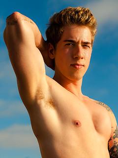 ga porn model Lukas Grande