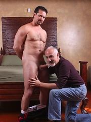 Daddy fucks older asshole