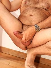 Bald bear gay solo jerking