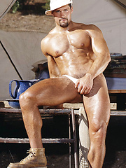 Bodybuilder shows his perfect body