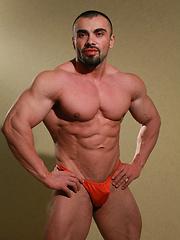 European bodybulder Ivan Dragos photos