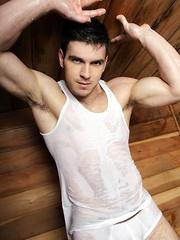 Patrick O\'Brien shows his perfect body