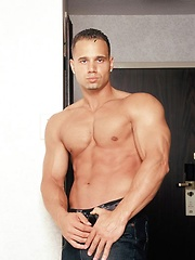 Sexy fitness model Victor Lucca