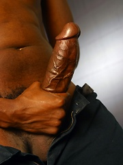 Dreadlocked black guy from Jamaica shows his fat ebony dick