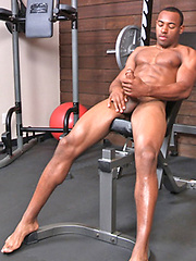 Beefy black guy workout session
