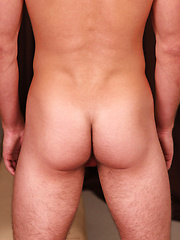 Str8 boy showing off every inch of his nicely toned body