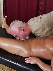 Jake sucks Noah Greene oiled cock