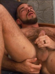 Johnny Parker is freshly 30 and this hairy hottie proudly makes his debut on MenOver30