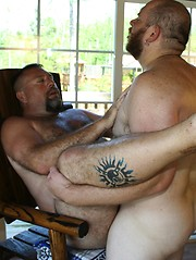 Sid Morgan wakes up his sexy Daddy Bear Jake Davidson
