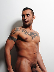 Lucio Saints wastes no time in starting to fuck Scott Hunter ass