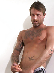 Bisexual football hunk Paul Bolton is a very welcome addition to the site!