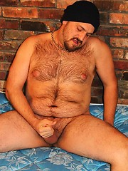 Bad ass Mark Bell makes his return to Hairy and Raw in this sexy photo update