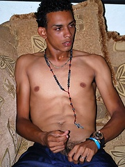 Pablo is a very sexy young Latino