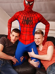 Dick Smolderingly Hot Threesome As Spiderman Fucks & Creams Two Horny Twinks!