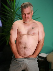 Straight Bear, Massimo loves black women and watching porn