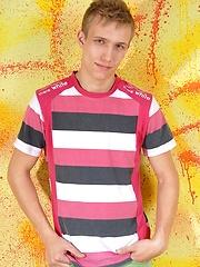 Blonde boy Bradley solo pics