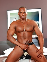 Derek Jackson strokes muscled dick