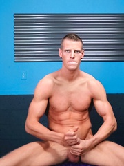 Jordan James is a hardbodied hunk from SoCal with an even keel personality and a penchant for exhibition