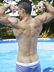 Muscle lovers beware, Rodrigo is one muscular stud