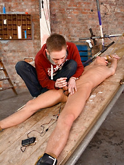 Stretched And Stroked - E-Stim!